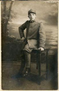 Ritratto di Arnaldo Frignani in divisa militare