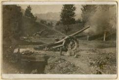 Cannoni sul monte Podgora in postazione