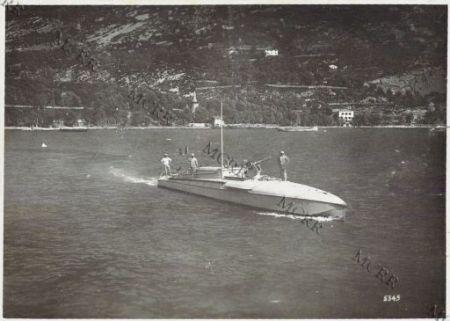 Gall. M.A.S. in navigazione sul Garda