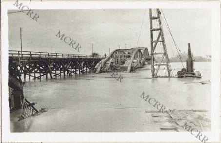 Varie guerra mondiale (Isonzo, Monfalcone, Gorizia, Carso). Il ponte di Sagrado