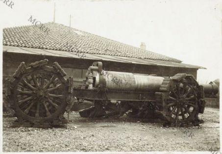 Cannone da 305 mm.
