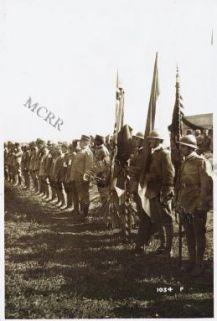 Cerimonia ufficiale consegna delle medaglie al campo di ... S.E. il Generale Pennella che passa in rivista gli apparecchi