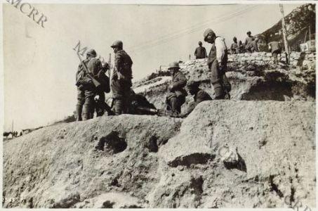 Gli Arditi dopo l'azione in Val Gisella.