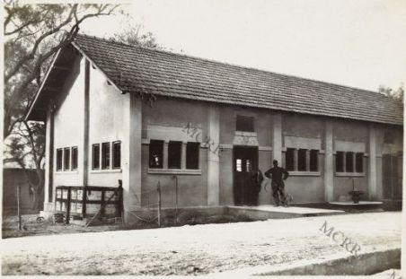 Costruzioni militari presso Valona.