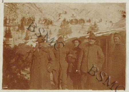 Io, [...] uff. della 1452 C.M. ai baraccamenti dell'Ogliolo (Passo Tonale), novembre 1917