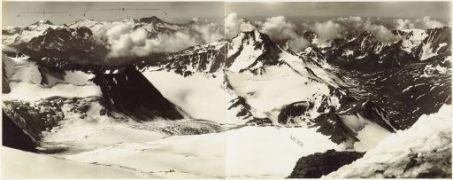 Panorama dal Pizzo Tresero (q.3602) Agosto 1917. 1.Gruppo Caré Alto 2.Gruppo dell'Adamello 3. Corno dei Tre Signori 4.Passo del Gavia