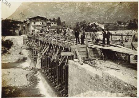 Ponte sul Rio Cavallo presso Calliano