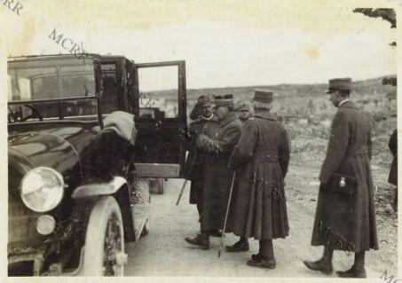 Il Generale Nivelle a S. Martino del Carso
