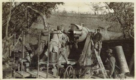 Strada di Quisca: Appostamento di grosse artiglierie. Manovra