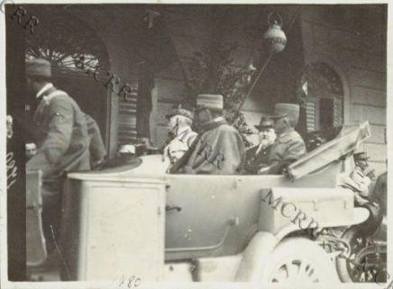 Cerimonia ufficiale presidiata dal re Vittorio Emanuele III e dal Presidente Francese Raymond Poincaré.