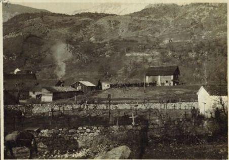 Il vecchio camposanto a Drzenka