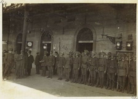 Asquith in visita al Q. G. Italiano - La Guardia d'onore