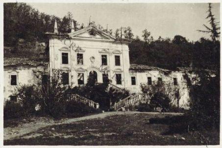 Podgora. Villa Attems