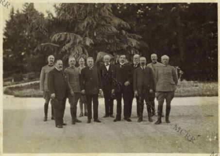 Le L[oro] E[ccellenze] i Generali Cadorna e Porro ed i Ministri Francesi Barthou