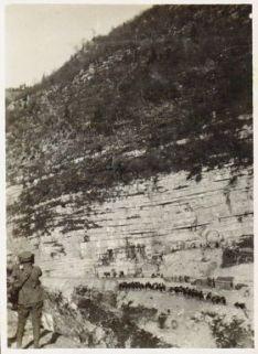 Baraccamenti sul Col della Berretta.