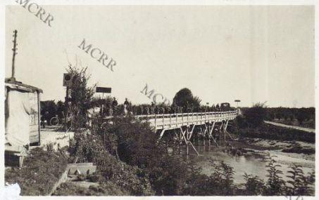 Romans. Prigionieri di passaggio sul ponte