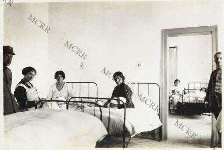 Università Castrense - Clinica ostetrica