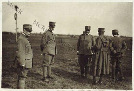 Brigata Granatieri. Commemorazione dei morti. S.A.R. il Duca d'Aosta ed il Gen. Comandante la Brigata dei Granatieri