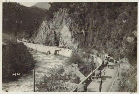 Una via in Val dell'Oglio