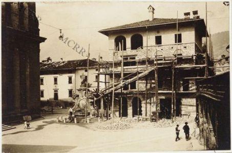 Arco, Piazza del Duomo, ricostruzione