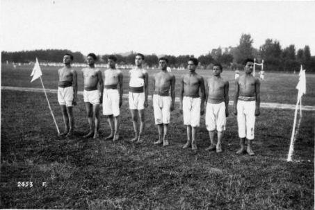 Ai campi ginnastici degli Arditi reclute del 900. Presso Mestrino