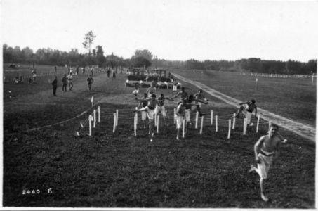 Al campo degli Arditi con le reclute del 1900. Gare a premio. Il Gen. Grazioli e il Col.lo Pirzio-Biroli
