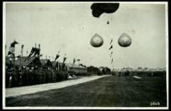 Festa dell'Aeronautica. Pallone frenato e palloncini di sbarramento