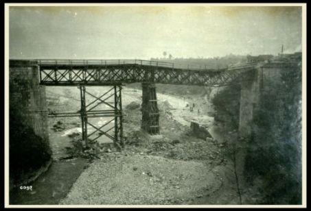 Ponte della ferrovia Feltre - Belluno distrutto