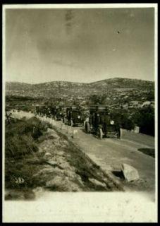Autoblindate presso l'Hermada sulla via di Trieste