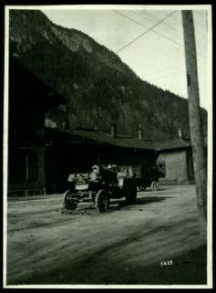 Artiglieria abbandonata sulla strada del Brennero