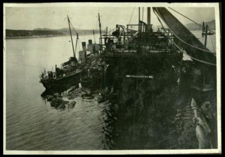 Il Frundsberg nel porto di Sebenico