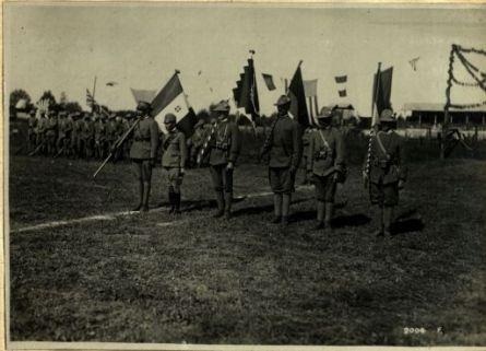 Al campo di ponte di Brenta, feste alle truppe cecoslacche, rumene e jugoslave