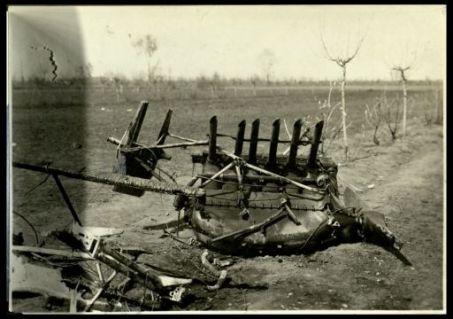 Resti d'areoplano austriaco abbattuto a Cortello