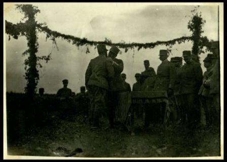 La consegna delle medaglie alla Brigata Grantieri di Sardegna a Cortello