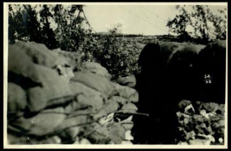 Scoppio d'una grossa granata presso l'Hermada