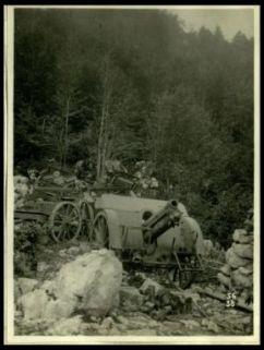 Pezzi d'artiglieria e carriaggi abbandonati dagli austriaci