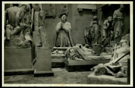 Il gesso della statua di papa Petronio.