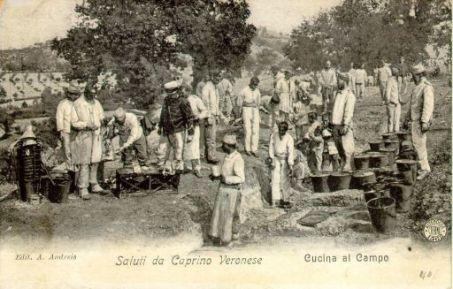 Saluti da Caprino Veronese : Cucina al campo