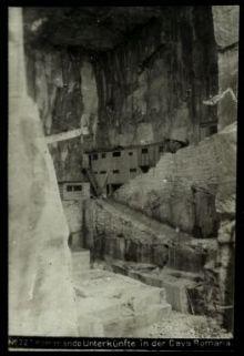 Kommando unterkünfte in der Cava romana. Fotografia dell'esercito Austro-Ungarico