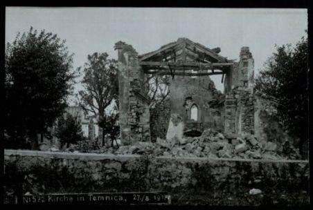 Kirche in Temnica. Fotografia dell'esercito Austro-Ungarico