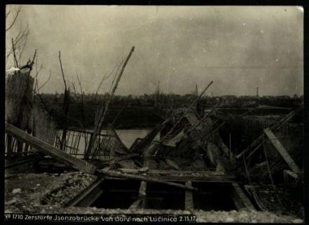Zerstörte Isonzobrücke von Görz nach Lucinico. Fotografia dell'esercito Austro-Ungarico