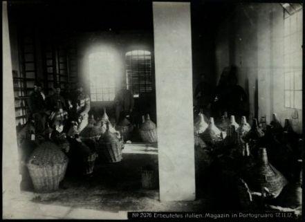 Erbeutete italien. magazin in Portogruaro. Fotografia dell'esercito Austro-Ungarico