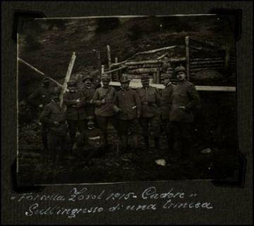 """""""Forcella Zorol 1915 - Cadore"""". Sull'ingresso di una trincea"""