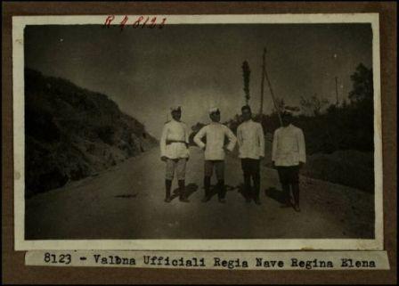 8123 - Valona. Ufficiali Regia Nave Regina Elena