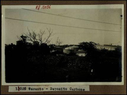 13026 - Taranto. Deposito carbone