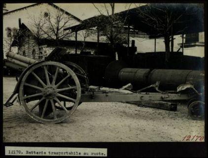 12170. Batteria trasportabile su ruote