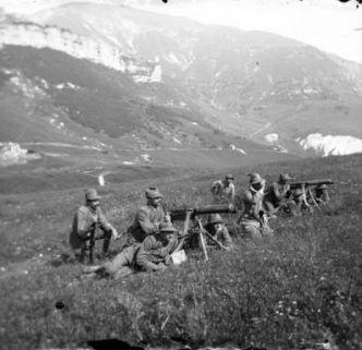 S. Valentino: La sezione mitragliatrici (battaglione Val d'Adige) in posizione