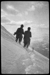 Corno D'Aola: Montagne e alpini