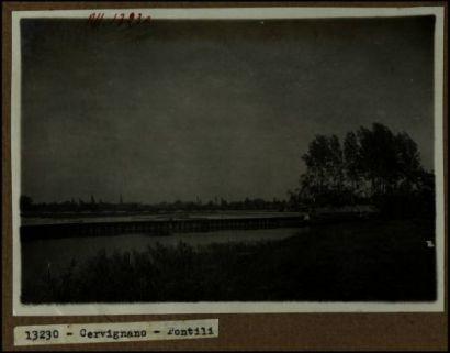 13230 - Cervignano. Pontili