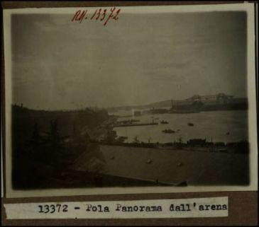 13372 - Pola. Panorama dall'arena